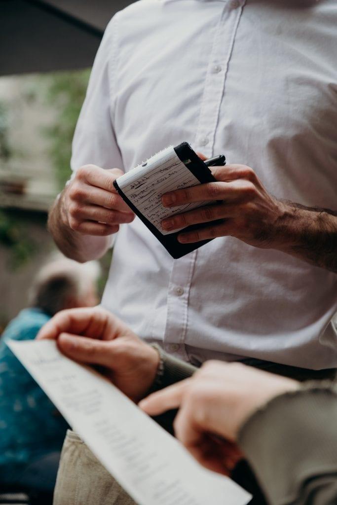 Mitarbeiterkommunikation - Aufträge vergeben